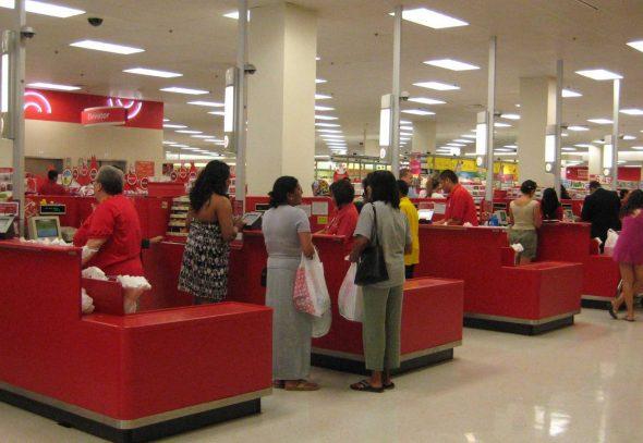 去年感恩節美國零售業巨頭 Target 的系統被入侵,是有史以來美國零售業最大黑客事件。