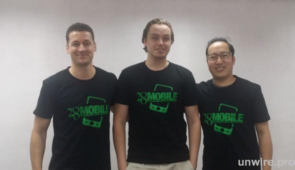 瑞典人 Patrik Ekstrom 看好香港,隻身來港搞網購賣手機。