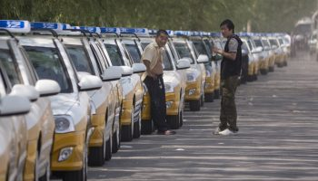 china-two-largest-taxi-apps-merge-1