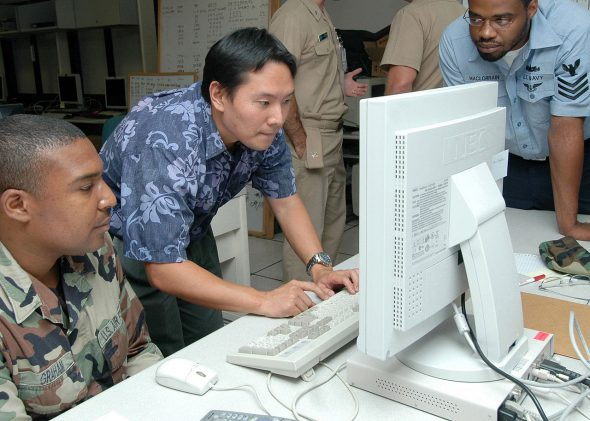 us-navy-paid-millions-to-stay-on-windows-xp-1
