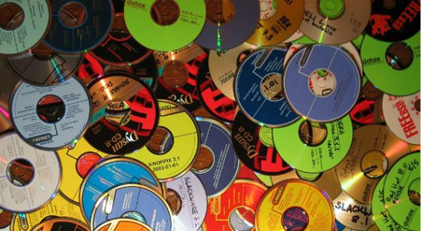 piracy-cd