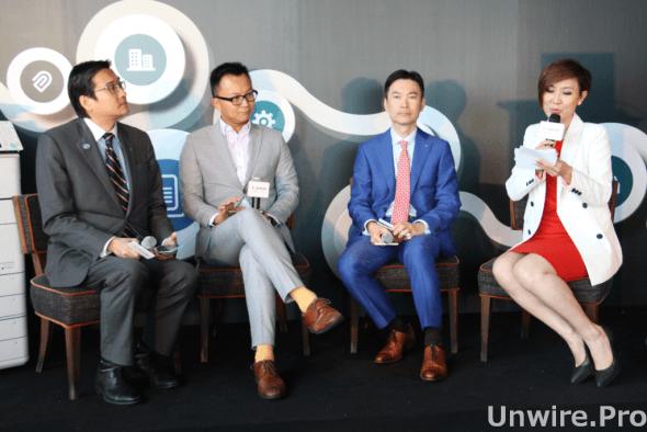 (右二)佳能香港商務影像方案及數碼印刷部總監陳志剛先生、(左)世界綠色組織行政總裁余遠騁博士以及(左二)智慧城市聯盟召集人楊全盛先生,在場分享如何透過優化綠色辦公室及智能化環境,提升企業可持續發展的競爭力。
