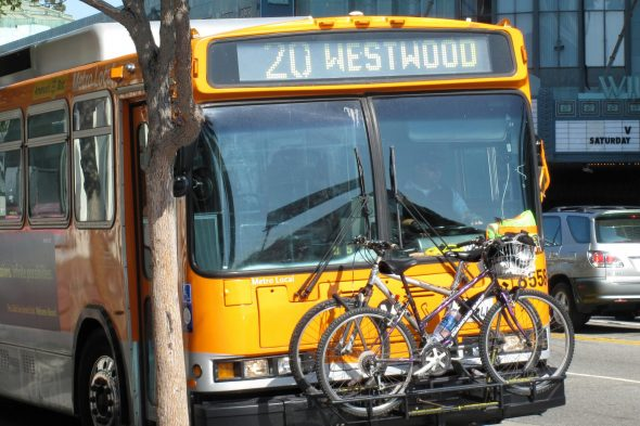 la_metro_20_bus_with_bicyclesx