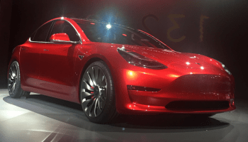 Tesla_Model_3_trimmed_retouched (1)