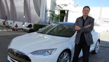 Elon_Musk,_Tesla_Factory,_Fremont_(CA,_USA)_(8765031426)
