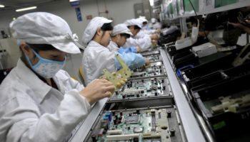 104859991-Foxconn_factory_